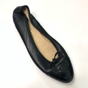 Chanel Flat READ ONE SHOE ONLY